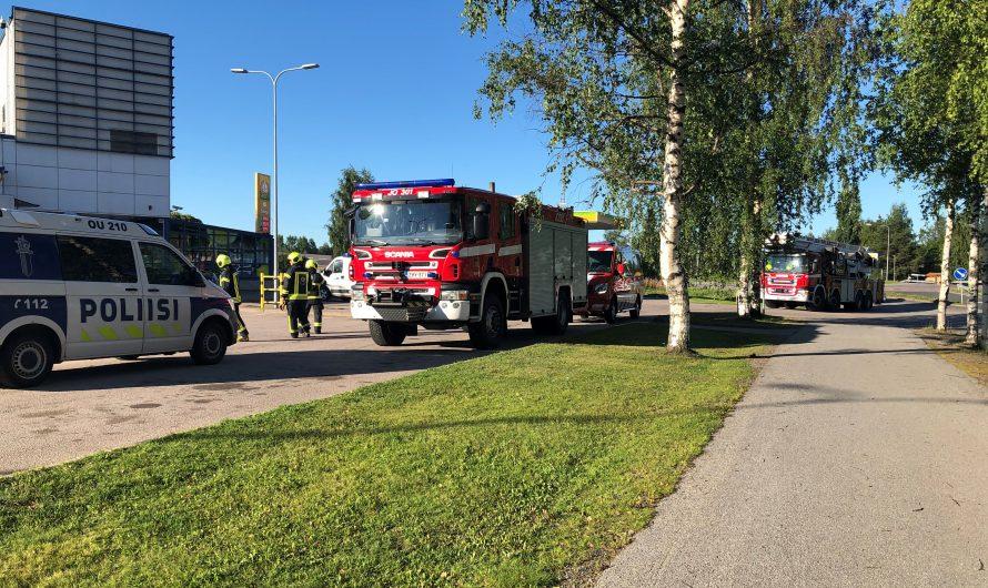 Pelastuslaitoksella operaatio Sievin keskustassa:                                                                                                         Itsetuhoisen henkilön pelastustyö käynnissä